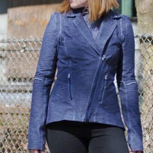 Lululemon commuter jacket size 8